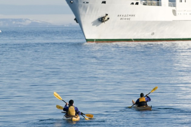Arctic Experience Days Give Expedition Cruise Goers a Unique Perspective | Toucanmoon